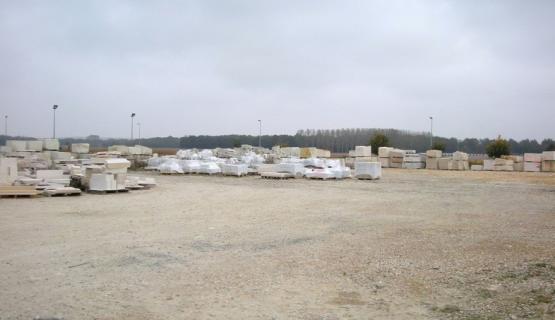 Photo du stock de pierres naturelles disponibles à Prinçay (86)